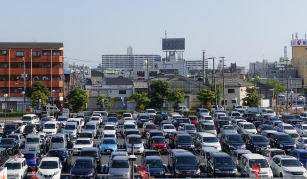 銀座シックス 駐車場 混雑