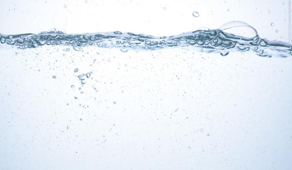 美肌水 効果 ニキビ